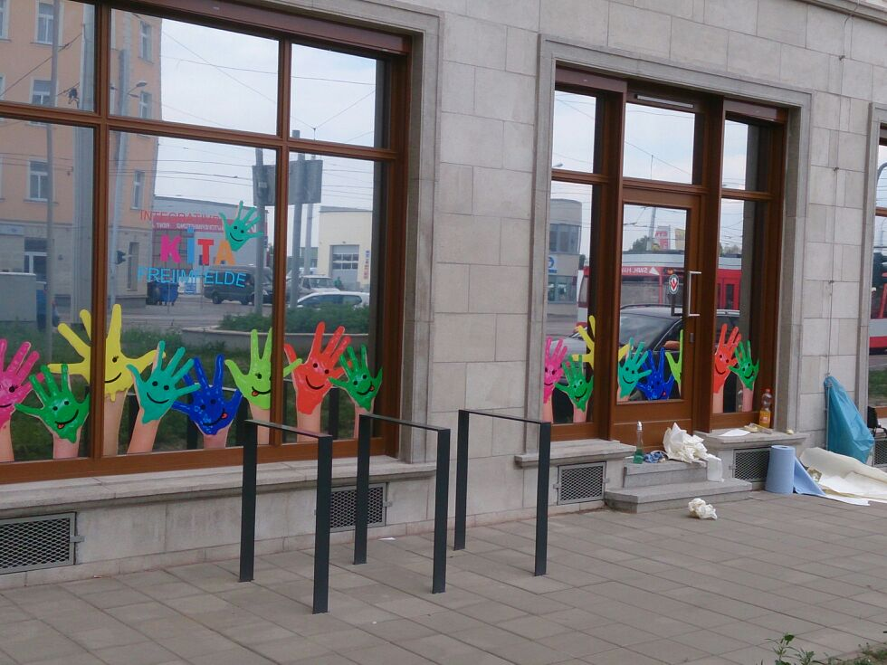 Schaufensterbeschriftung_BS-LINE Halle Leipzig